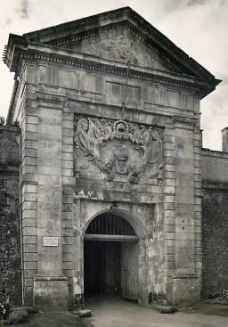 Porte du pénitencier
